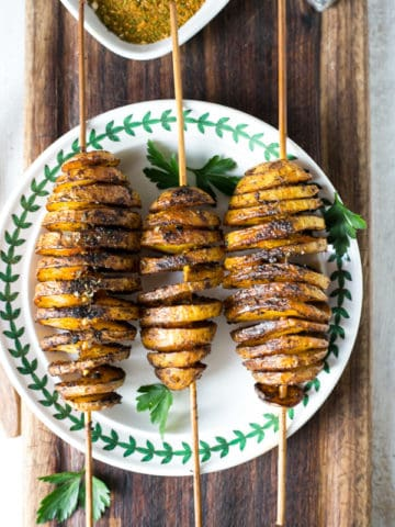Baked 'Tornado' Potatoes with herbs and spices   via @annabanana.co