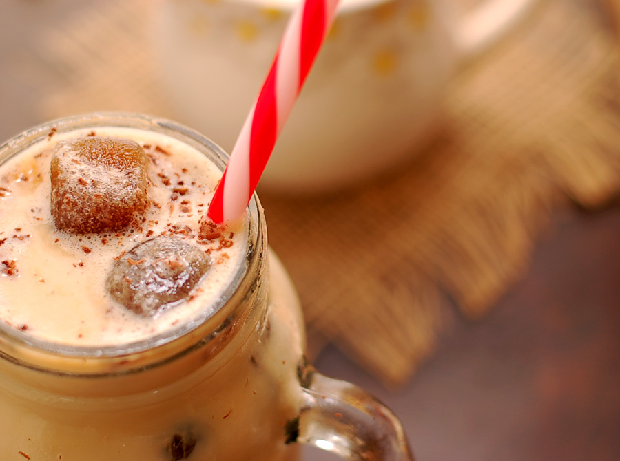 Iced Coffee with Vanilla and Cinnamon