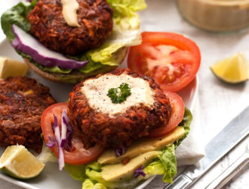 Beetroot-and-Carrot-Burger-with-Chickpeas