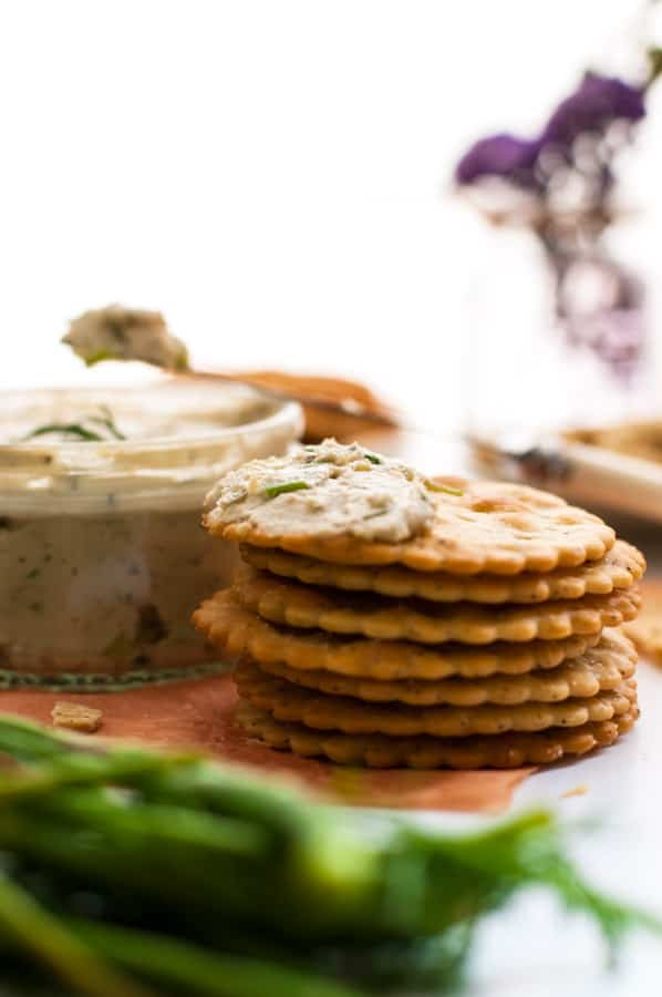 Delicious cashew cream cheese, stuffed with herbs, full of great flavors! Super easy to prepare, non dairy and vegan.   annabanana.co