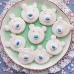 Polar Bear Peppermint Creams. Cute and fun festive treat made with aquafaba   via @annabanana.co