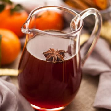 Clementine cranberry cordial. Packed with great flavors and aromas, ideal for mixing in cocktails or mocktails!