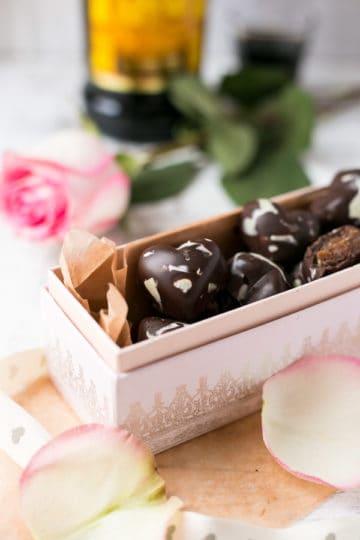 Caramel Mocha Chocolates   via @annabanana.co