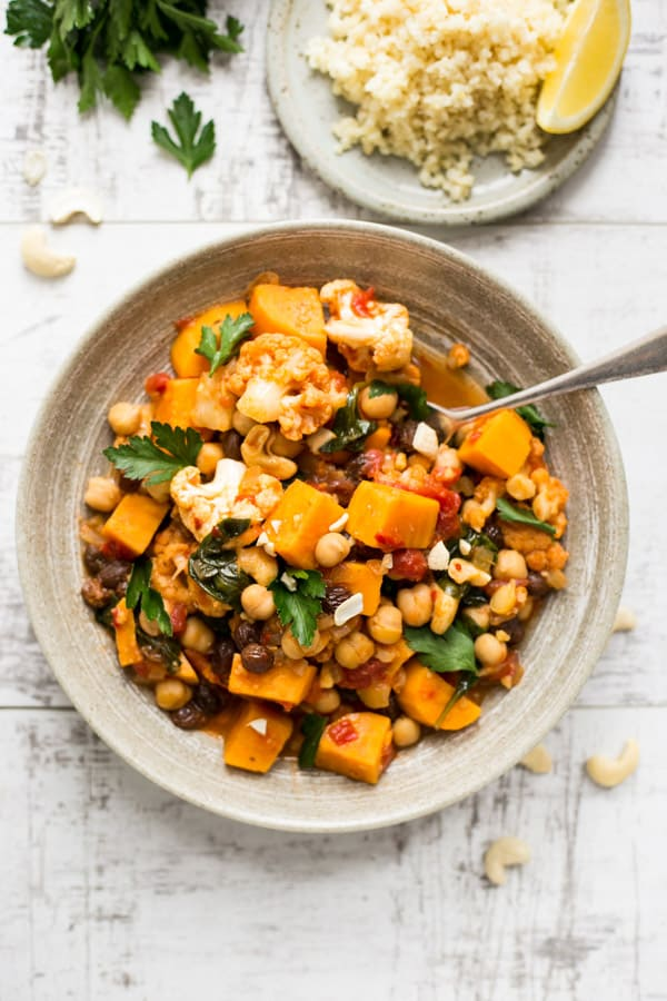 Sweet potato chickpea curry served with protein rich bulgur wheat   via @annabanana.co