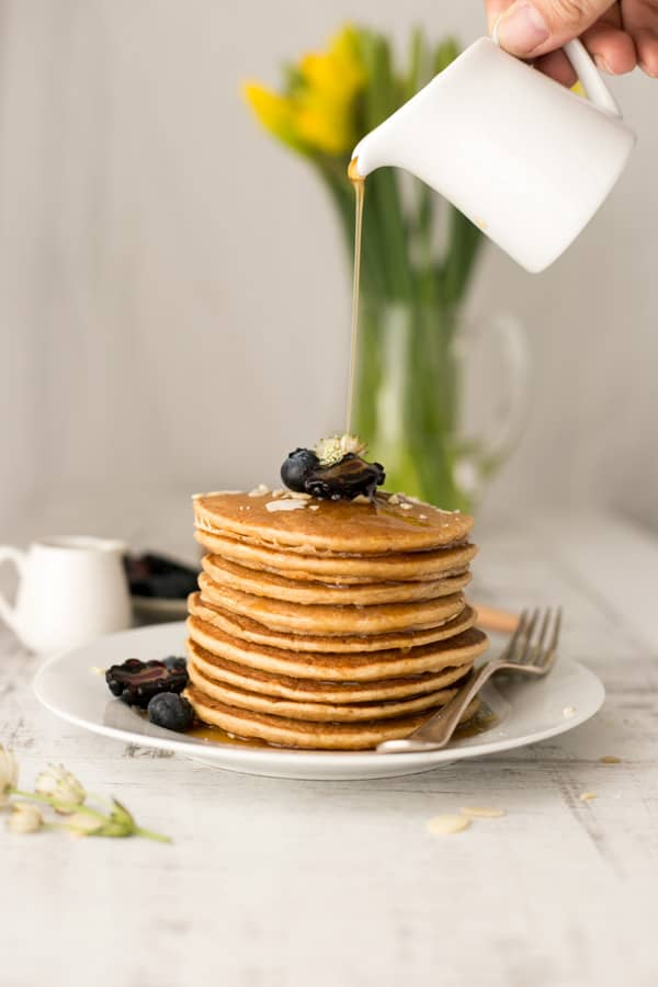 Breakfast tofu pancakes with maple syrup | via @annabanana.co