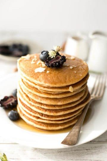 Fluffy tofu pancakes with maple syrup | via @annabanana.co