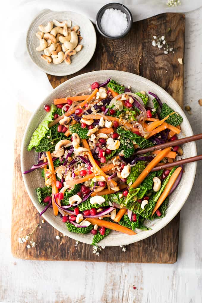 Quinoa stir fry with vegetables and cashew nuts and lime and garlic dressing | via @annabanana.co