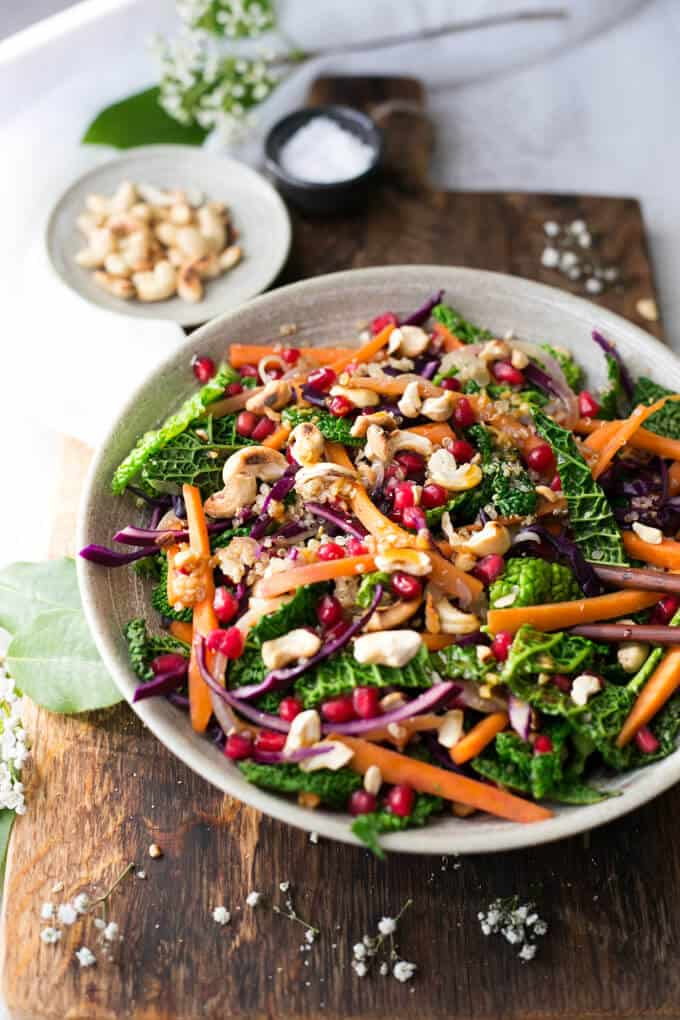 Quinoa stir fry with vegetables and cashew nuts and lime and garlic dressing   via @annabanana.co