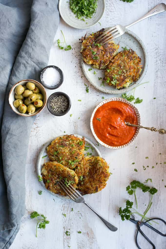 Vegetable Fritters with Smoky Salsa, easy recipe for a side dish or a main course | via @annabanana.co