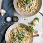 Recipe for spaghetti carbonara with super creamy cashew sauce | via @annabanana.co