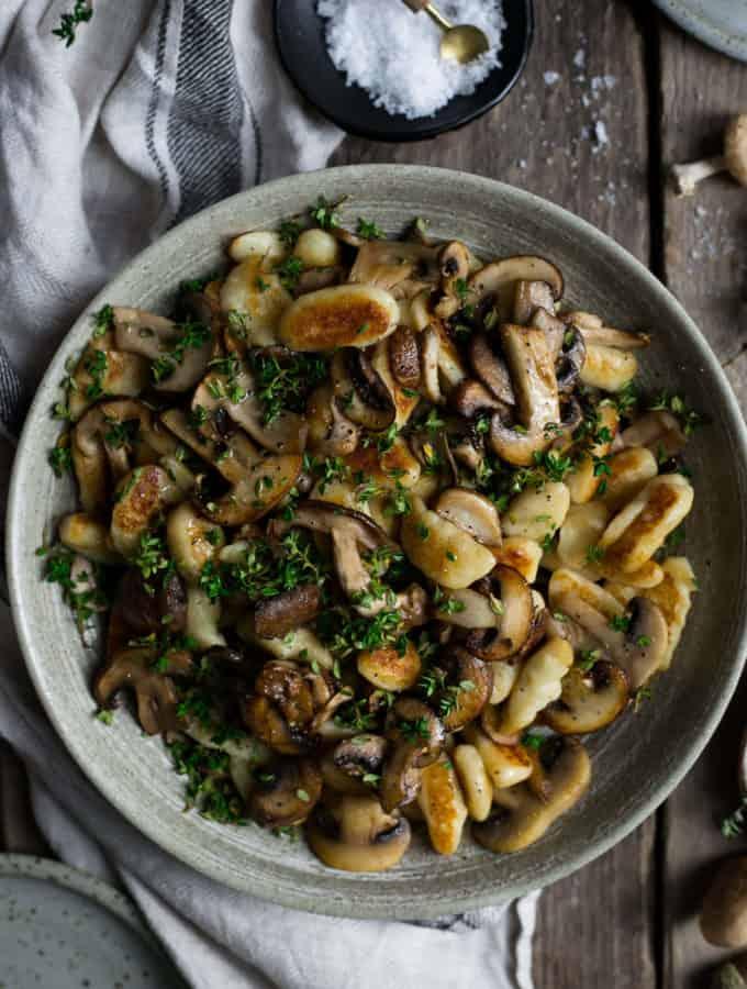 Vegan Mushroom gnocchi with Thyme   via @annabanana.co