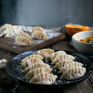 Pumpkin and root vegetable goyoza dumplings #vegan #pumpkin #goyoza | via @annabanana.co