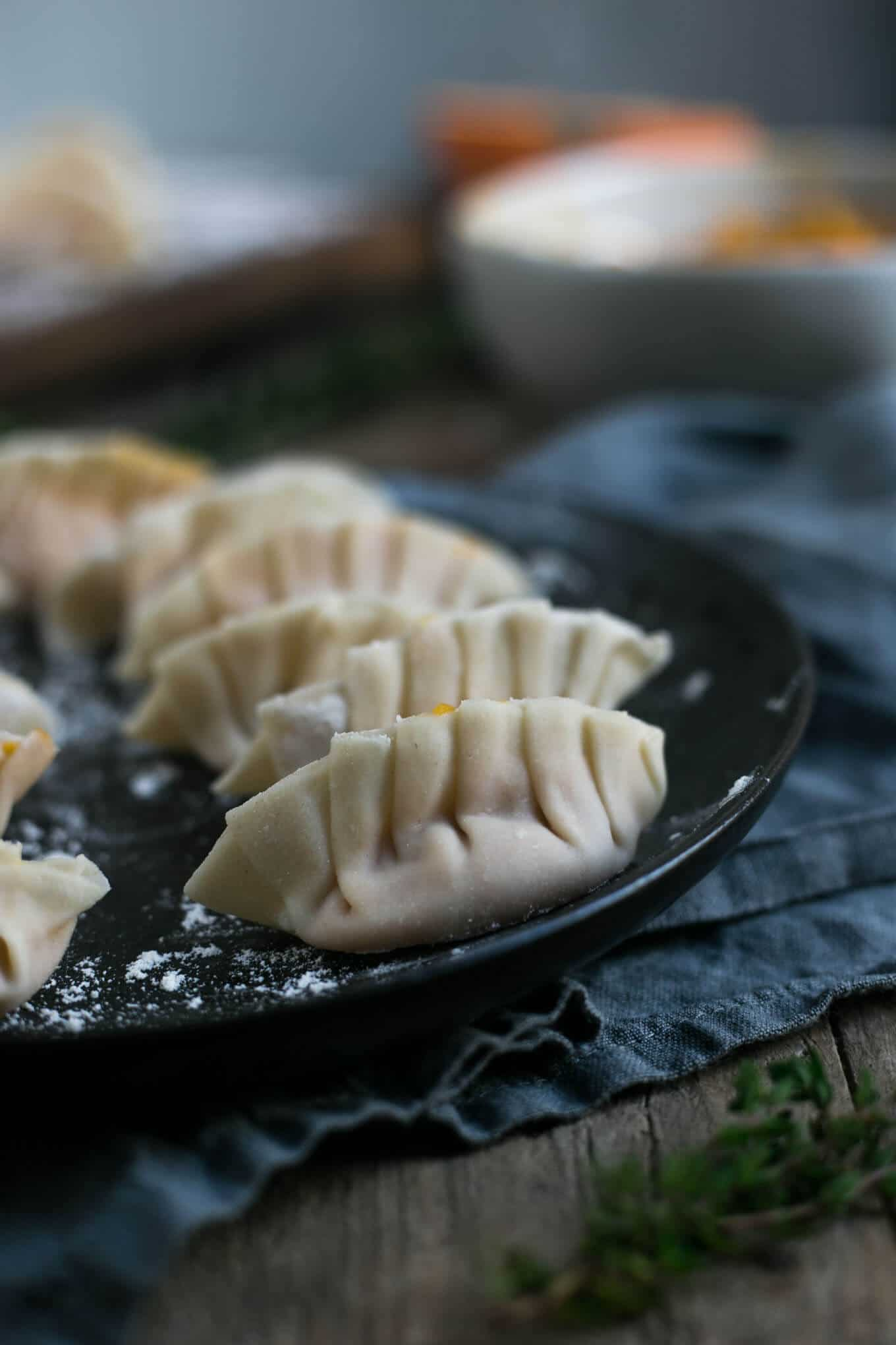 Traditional goyoza dumplings with pumpkin and root vegetable filling #vegan #goyoza | via @annabanana.co