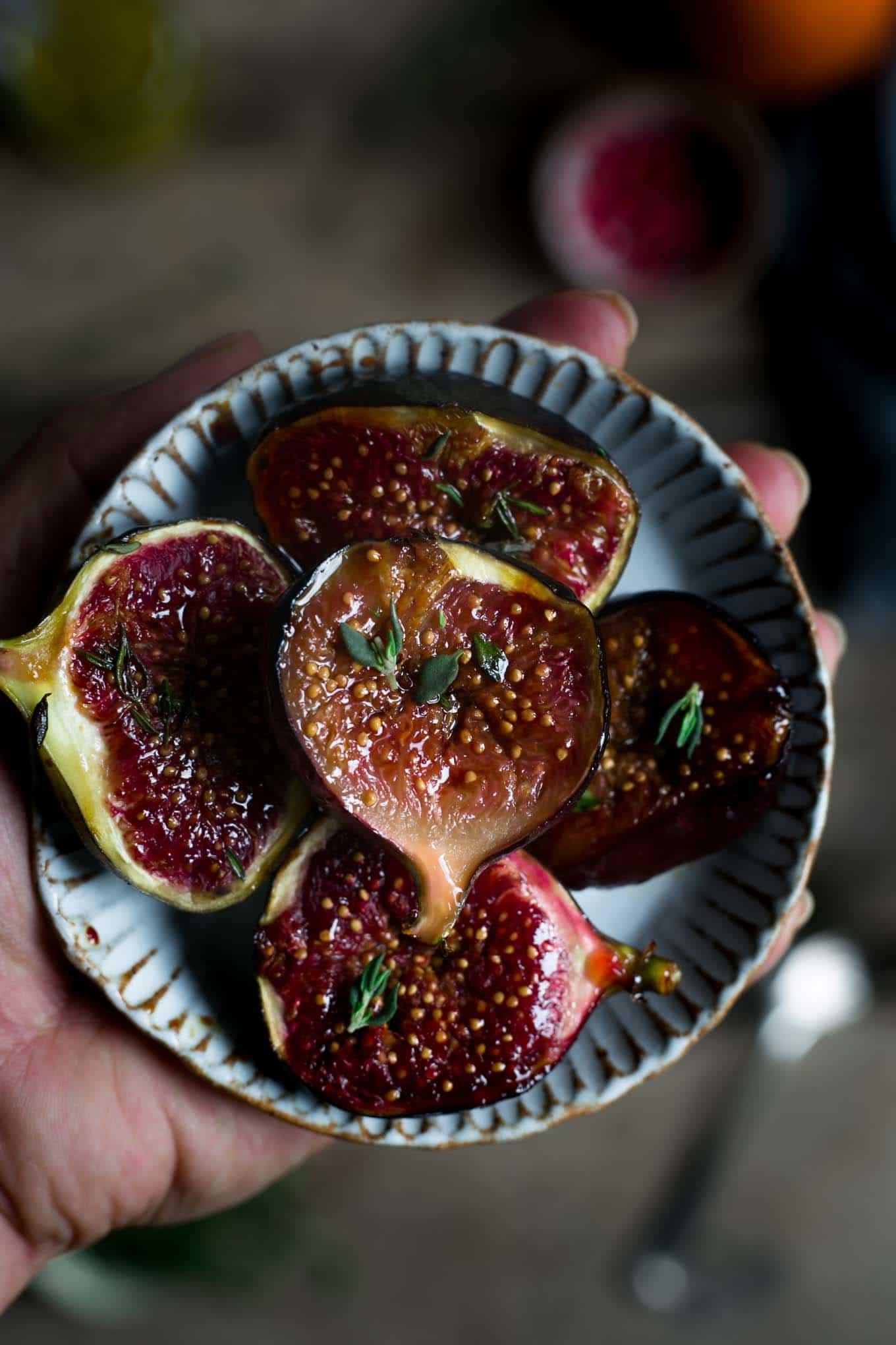 Roasted pumpkin salad with figs and walnuts #vegan #pumpkin #figs   via @annabanana.co