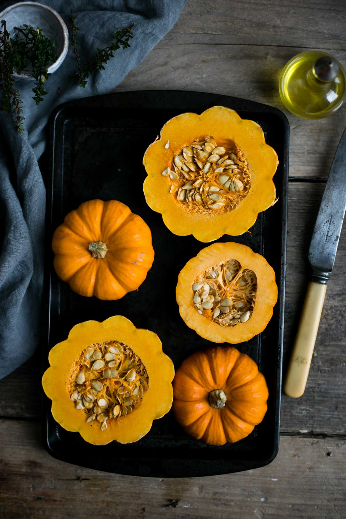 Roasted pumpkin and walnut salad with figs #vegan #pumpkinsalad #vegetarian   via @annabanana.co