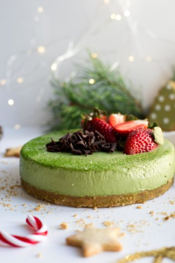 Matcha & ginger cheesecake #vegan #matcha #cheesecake | via @annabanana.co