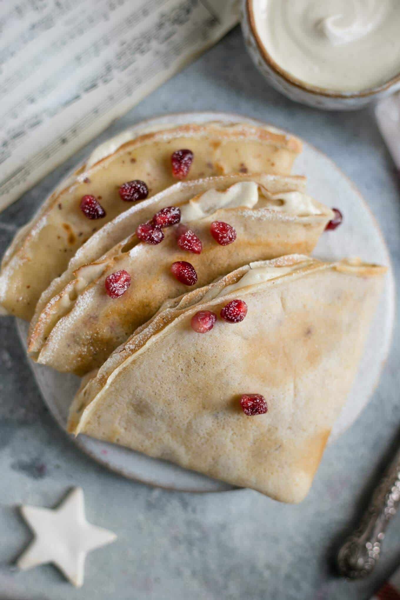 Light and delicate French crepes recipe. Delicious breakfast or brunch! #vegan #crepes #breakfast | via @annabanana.co