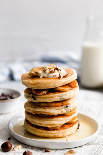stack of pancakes with caramelised bananas between them