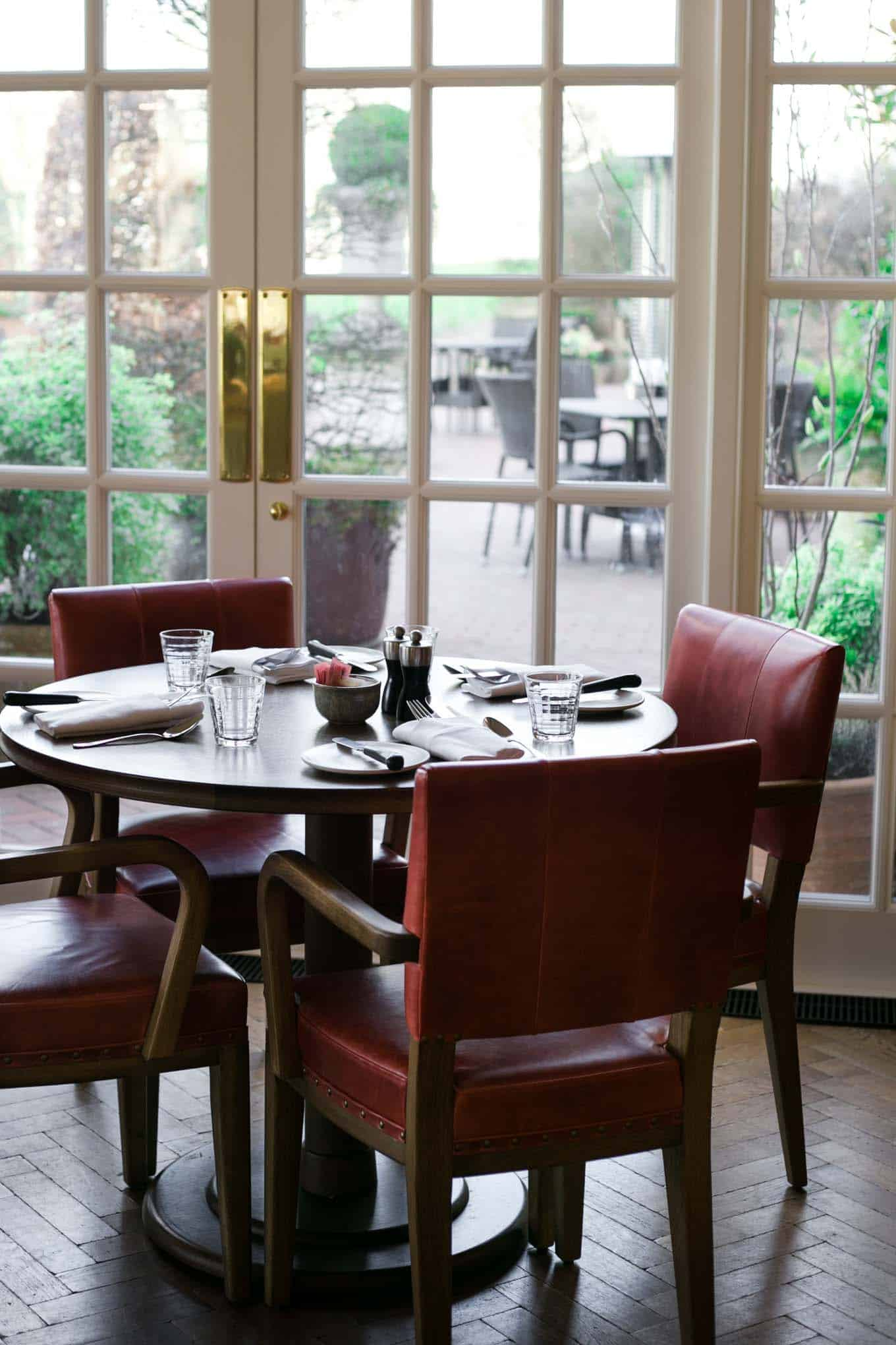 Wild Carrot Restaurant and Bar at Four Seasons Hotel Hampshire | via @annabanana.co