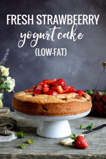 Fresh strawberry yogurt cake. This is a very light and airy, low-fat sponge cake loaded with sweet and juicy berries.! #yogurtcake #lowfatcake #strawberrycake | via @annabanana.co