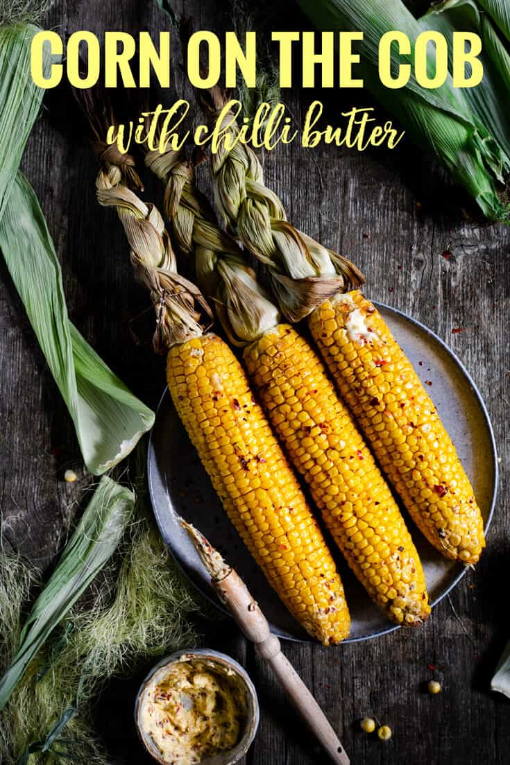 Super-easy recipe for everyone's favourite side dish- corn on the cob with chilli butter. Perfect for roasting, grilling or BBQ! #corn #easyrecipe #vegetarian | via @annabanana.co
