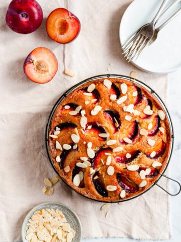 Plum and almond cake topped with flaked almonds