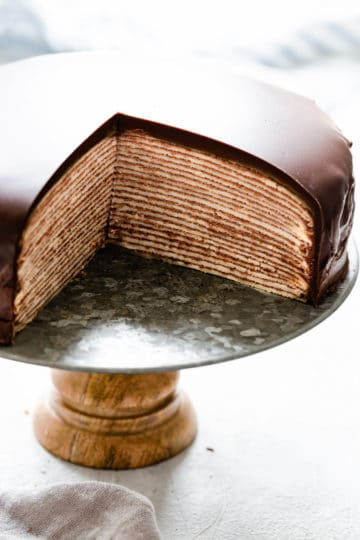 close up shot showing the inside layers of crepe cake
