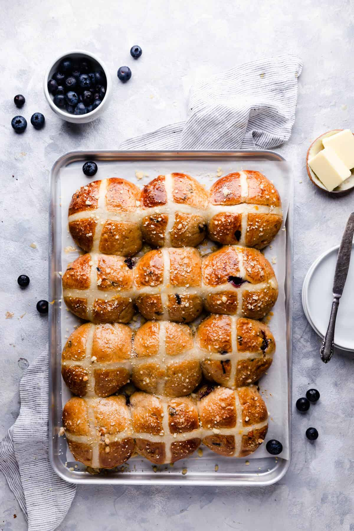 top view at a baking tray with hot cross buns